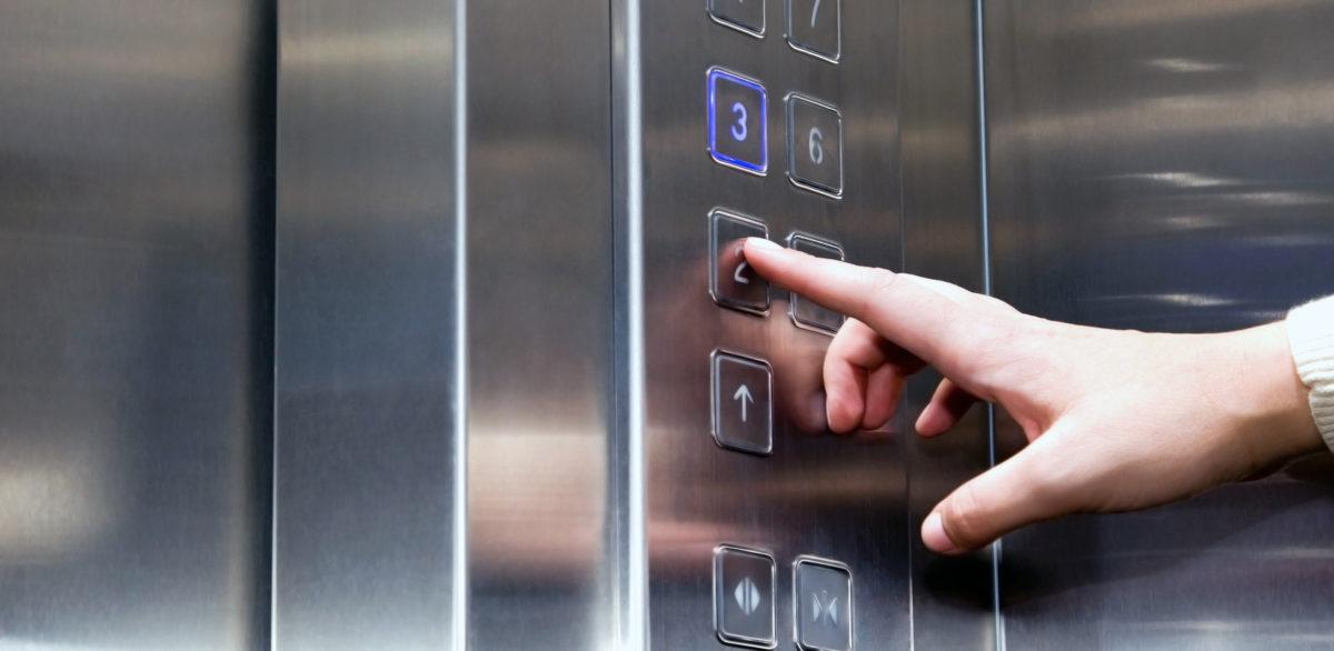 Programma atbildīgais speciālists par liftiem